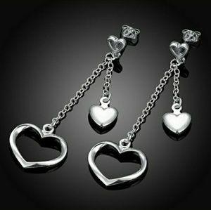 🌹 Beautiful two heart layered dangling earrings